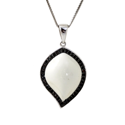 Opak Taşlı Modern Gümüş Bayan Kolye DX261